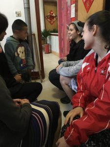 Interacting with Chinese cildren
