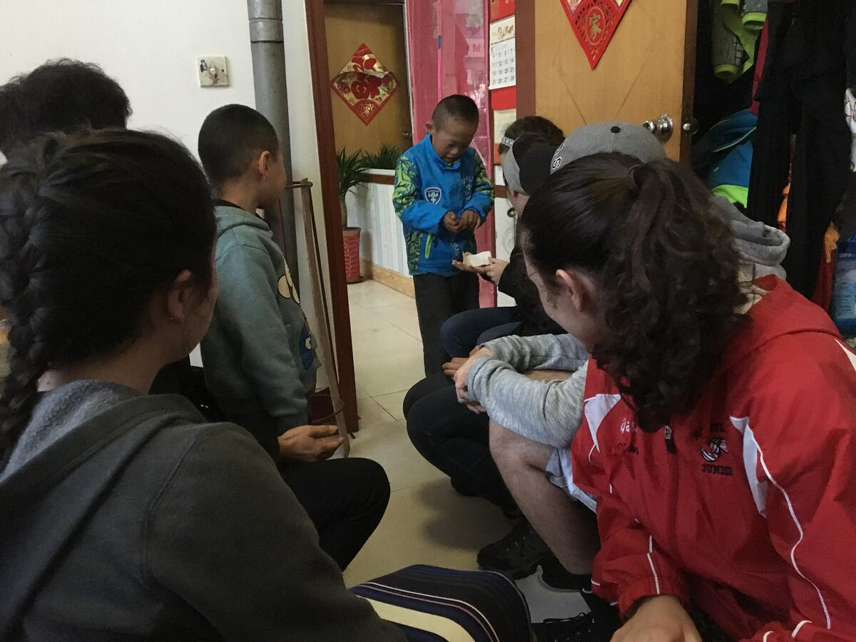 Interacting with Chinese children